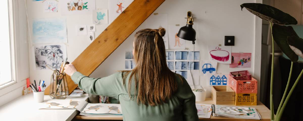 Illustrator Lieselies in action